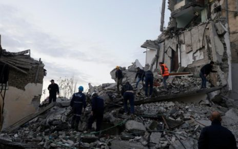 11 persoane au murit in cutremurul din Albania