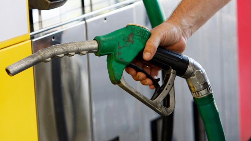 Carburantii se ieftinesc in Romania