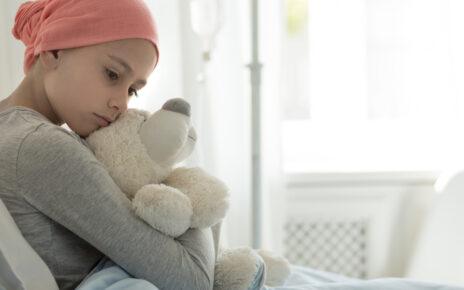 Huawei doneaza tablete pentru copii cu cancer