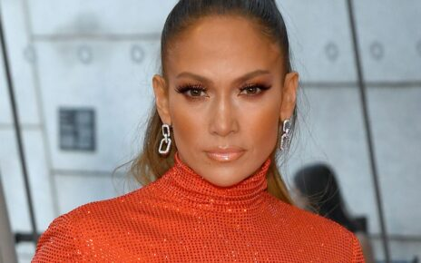 Jennifer Lopez vorbeste despre interventiile chirurgicale suferite