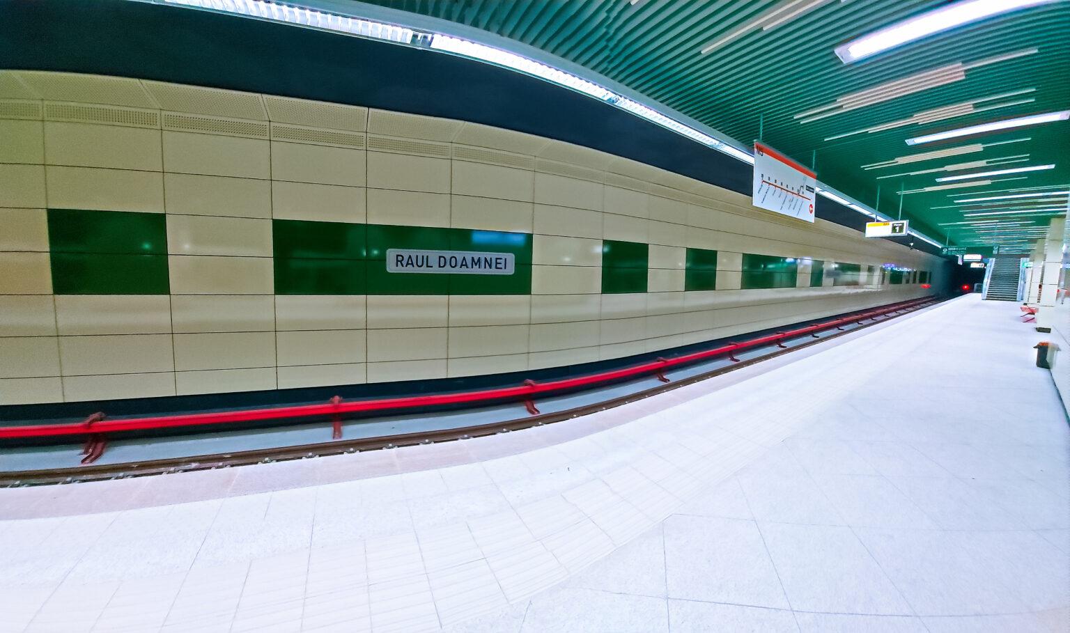 Protest spontan la metrou